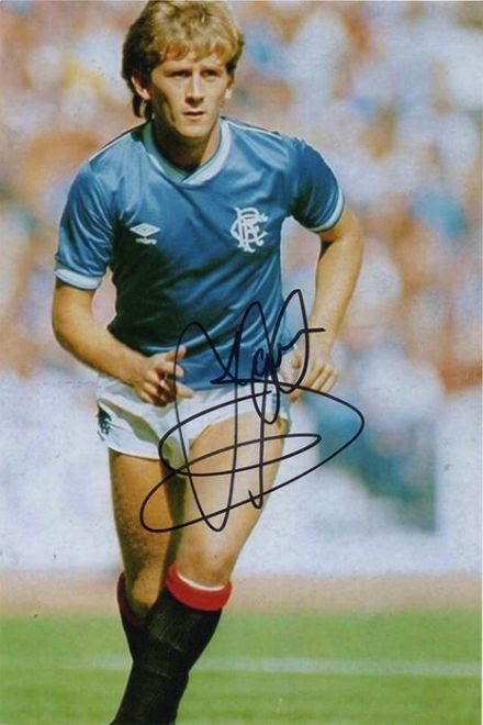 Iain Ferguson, Rangers, signed 6x4 inch photo.